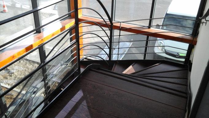 escalier métalique avec marche bois massif wenge