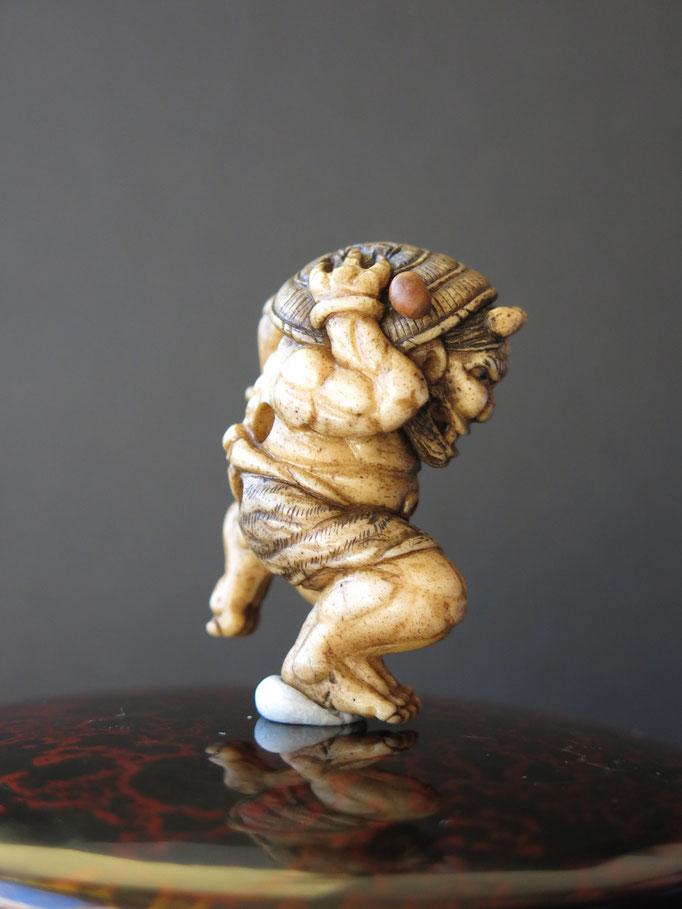 Oniyarai Netsuke / Deer Antler Carving・鬼やらい根付