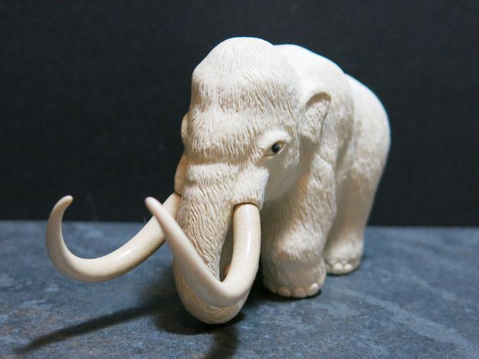 Okimono ・Mammoth Mammoth Ivory Carving