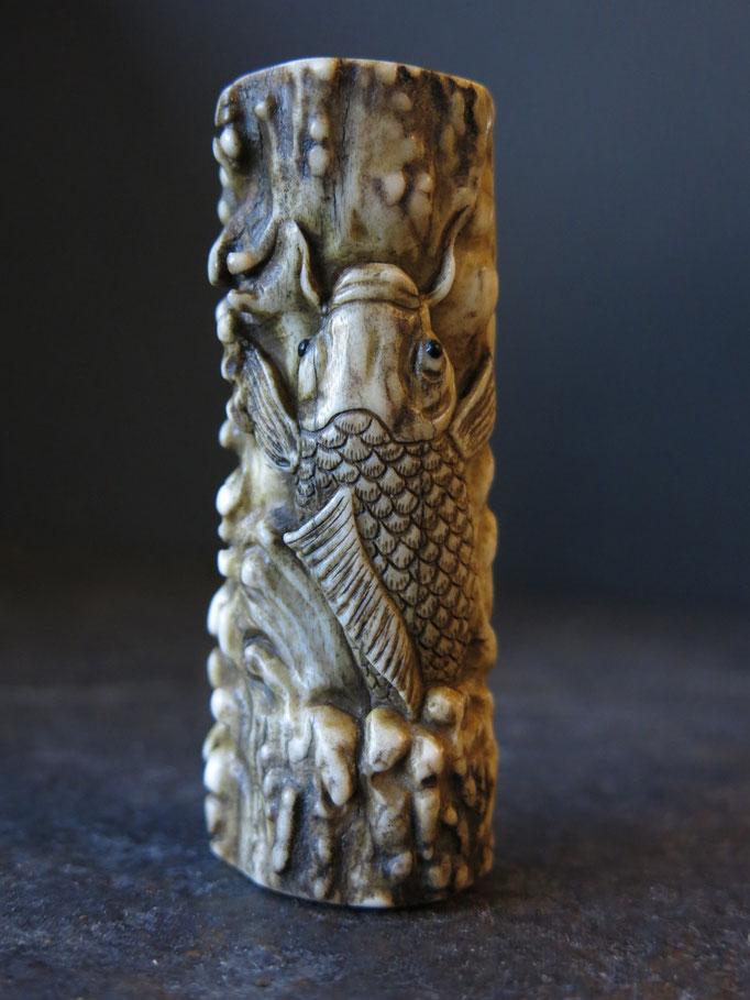 Koi Carp / Antler Carving 鯉の滝登り根付