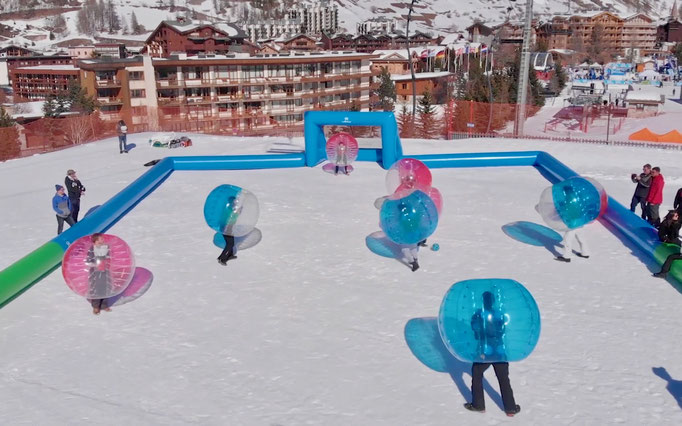 terrain-gonflable-bubble-foot-val-isere