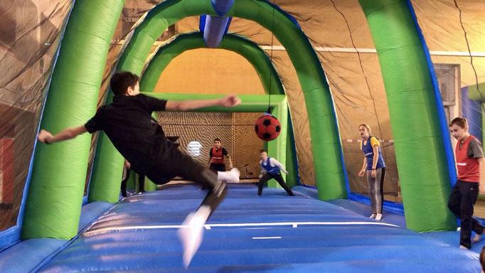 jeu-gonflable-retournee-acrobatique
