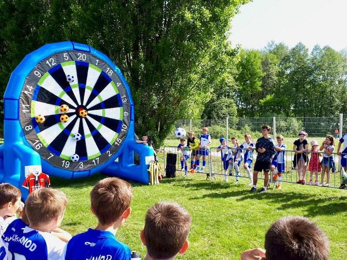 tournoi-jeu-sportif-gonflable-poisy-ludimouv