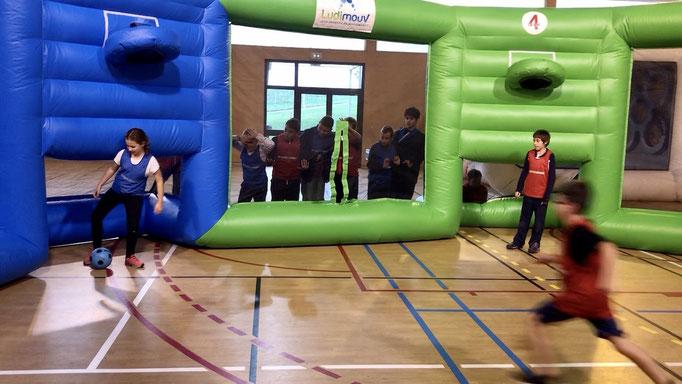 activite-indoor-gonflable-enfant-annecy