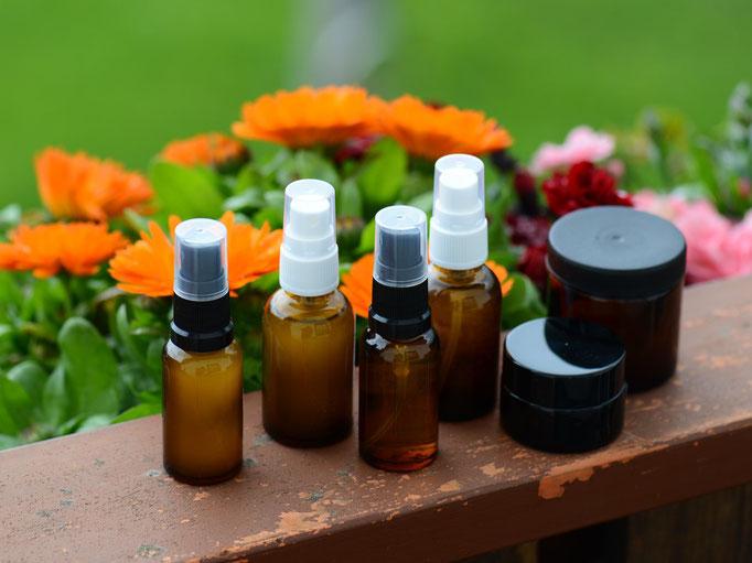 Duftende Naturkosmetik für Gesicht und Haare