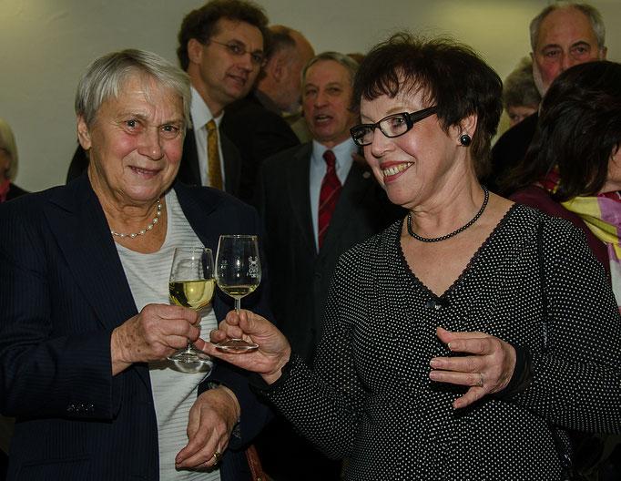 Barbara Wachter und Helga Schraut