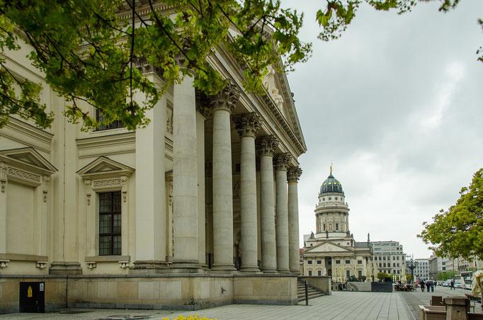 Gendarmenmarkt, Schauspiel- oder Konzerthaus und Französchischer Dom