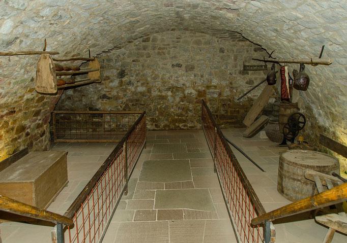 Vorratskeller, Bild aus dem Rhöner Museumsdorf Tann