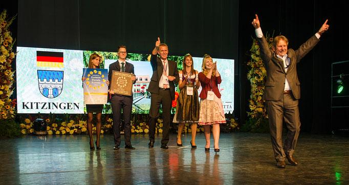 Goldene Kitzingen mit ihrem Oberbürgermeister Müller, dem Walter und den Hoheiten