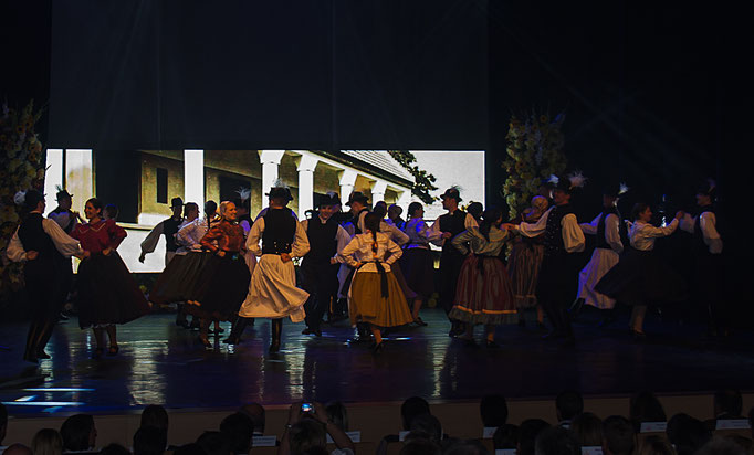 ungarische Volkstanzgruppe