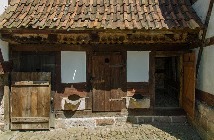 kleiner Schweinestall, Bild aus dem Rhöner Museumsdorf Tann