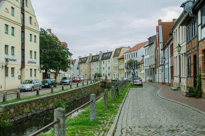 Häuser am Kanal