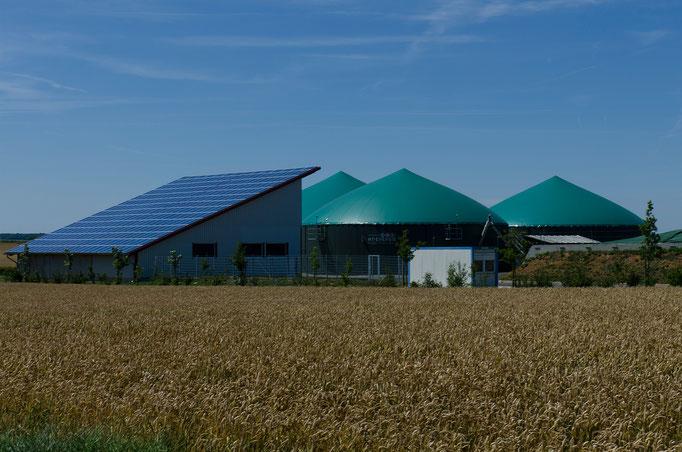 Biogasanlage am Ortsrand von Gelchsheim, Ufr.
