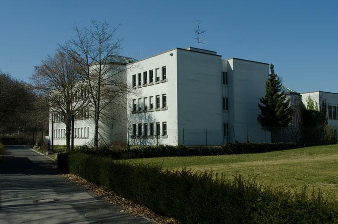 Friedensstraße, Amtsgericht-Südseite
