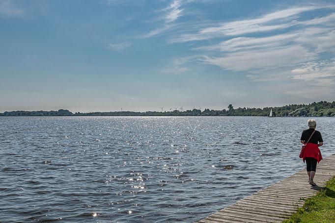 Bederkaeser See im Gegenlicht