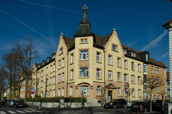 Moltkestraße, Finanzamt