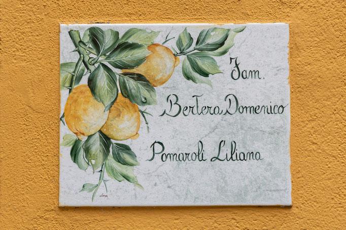 Hier wohnen die Famlien Bertera Domenico und Pomaroli Liliana