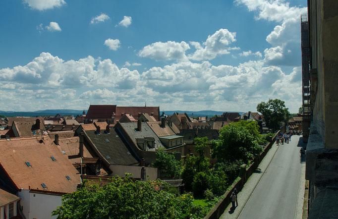 Blick vom Rosengarten über die Stadt
