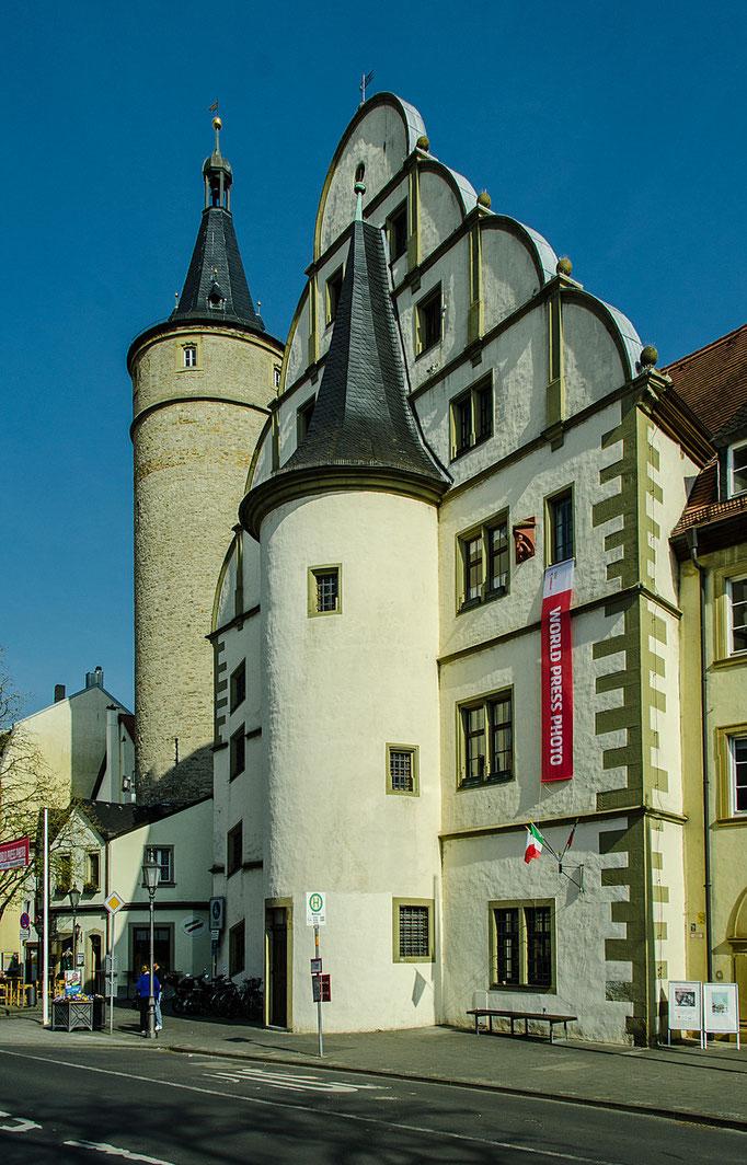 Kaiserstraße, Rathaus
