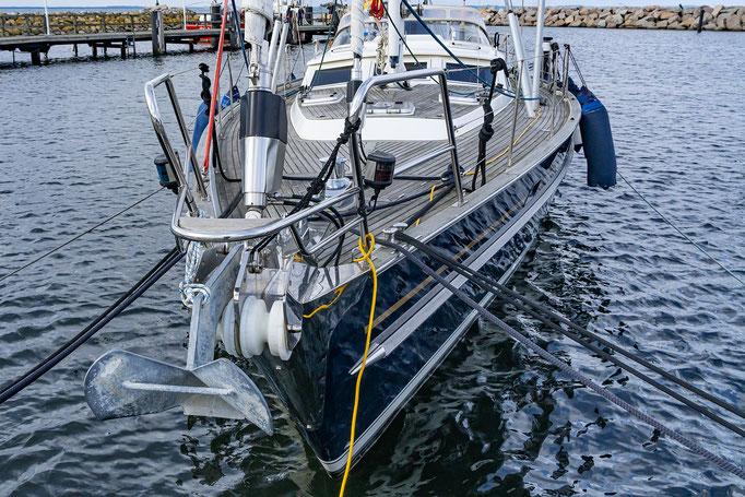 Moderne Technik am Boot