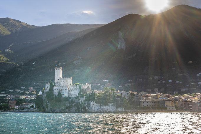 Castello Scaligero im Licht der Morgensonne