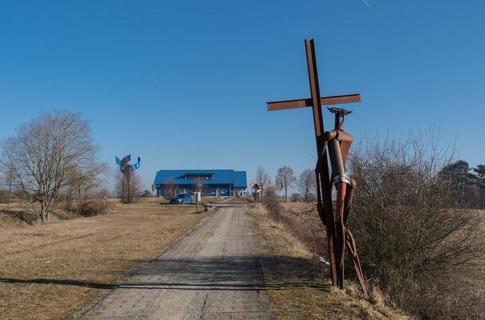 """Skulpturen am """"Weg der Hoffnung"""""""