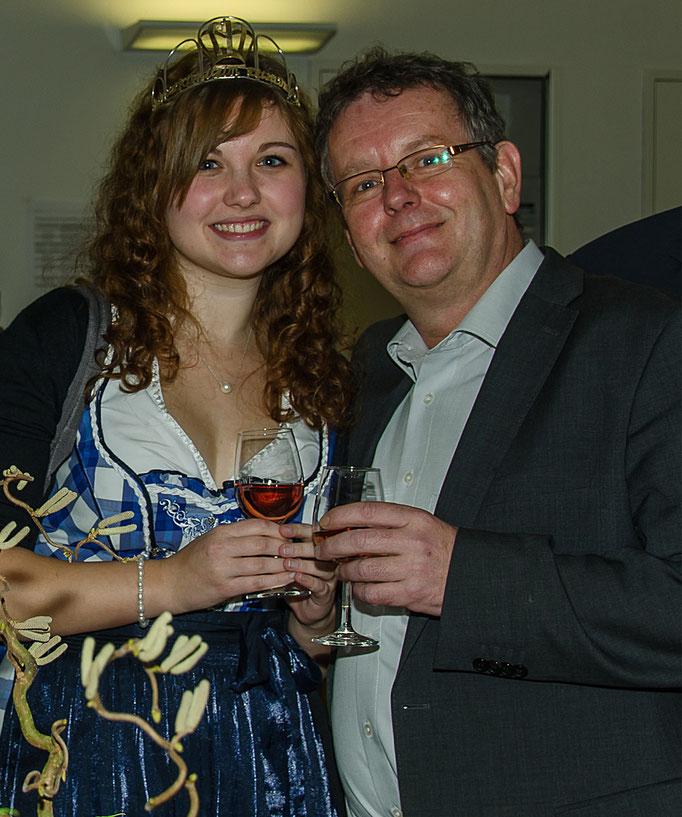 Gärtnerkönigin Birte I und Stadtrat Werner May