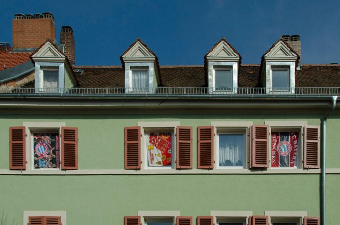 Paul Eber Straße, Wohnung eines FC Bayern München Fans