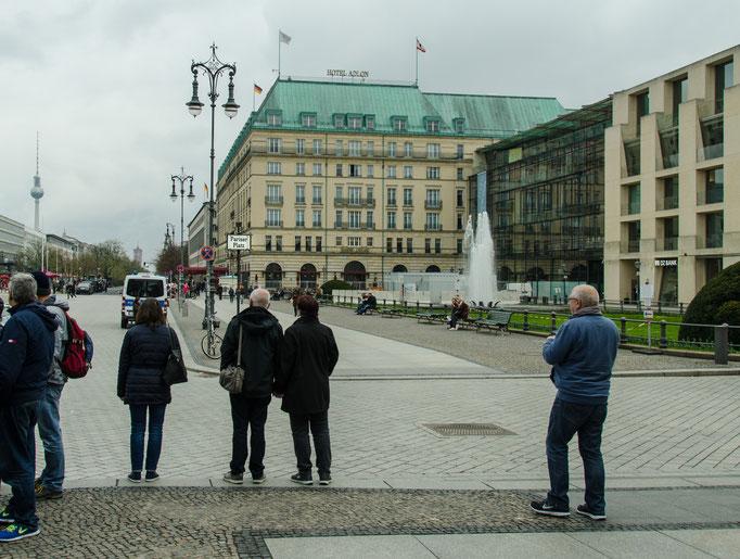 Blick auf das Hotel Adlon Kempinski eines der luxuriösesten und bekanntesten Hotels in Deutschland