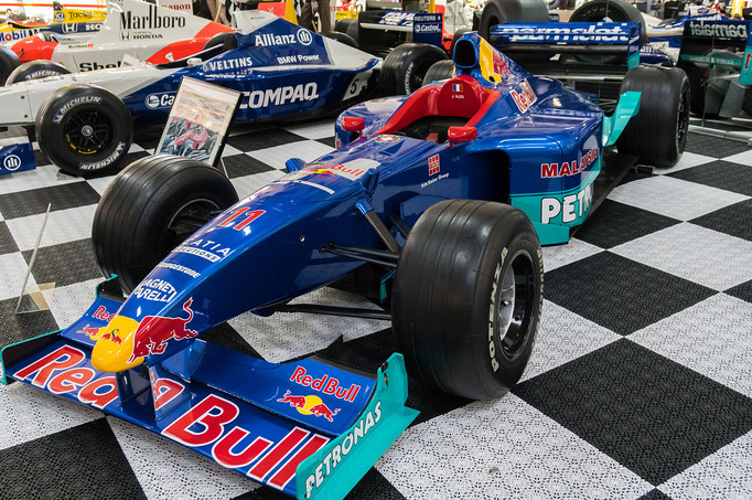 Red Bull Petronas; 780 PS; Baujahr: 1999