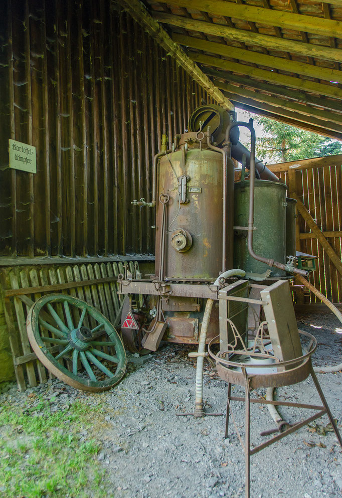 Kartoffeldämpfer, Bild aus dem Rhöner Museumsdorf Tann