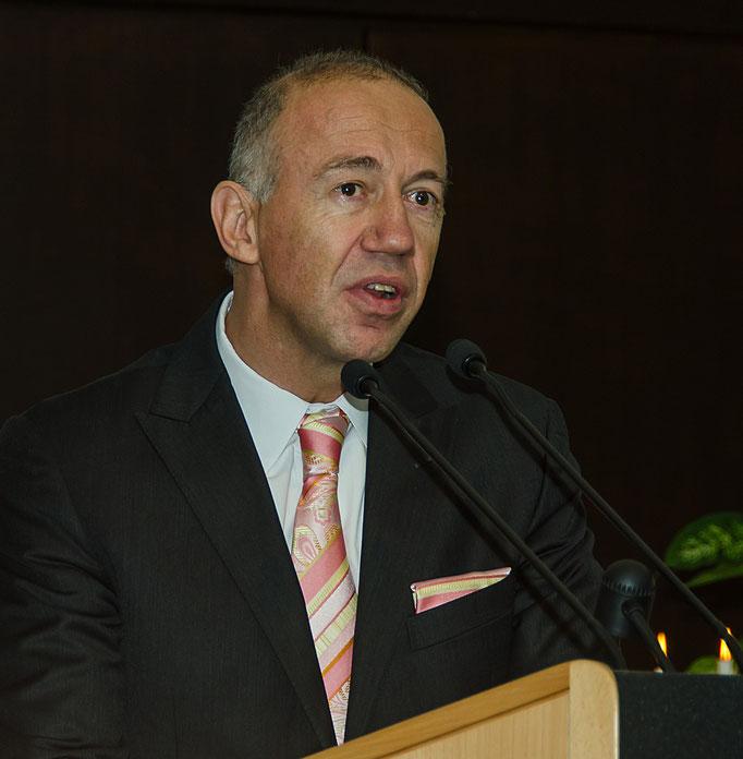 Dr. Uwe Pfeiffle, Laudator
