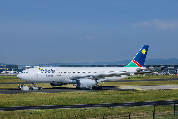 Air Namibia ist die staatliche Fluggesellschaft Namibias mit Sitz in Windhoek und Basis auf dem Hosea Kutako International Airport.