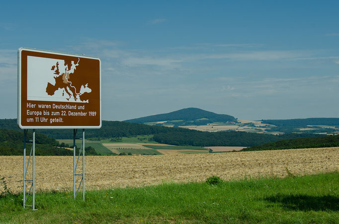 Hinweistafel auf die Innerdeutsche Grenze