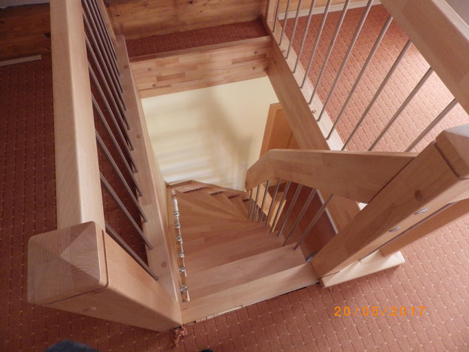 Thum-Auftritt ca. 15 cm Treppe 15