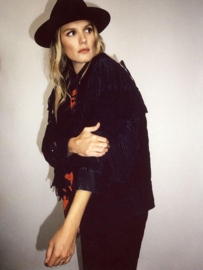 Talent Ana Girardot Photographer Mathieu Rainaud Hair Nelson Stylist Emmanuelle Deluze MUA Amelie Moutia