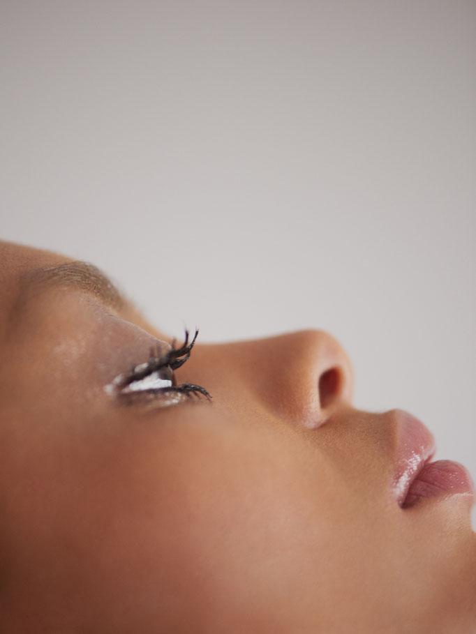 Jade De Brito By Chloé Romeyer Stylist Gwendoline Franco Hair Yann Deschaud Makeup Using Shiseido