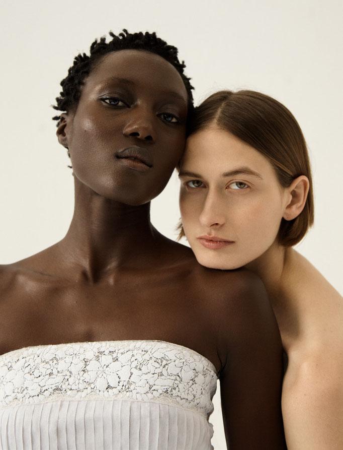 Sleek Magazine special Chanel Couture  with Sarah Blais Monika Tatalovic Rouguy  Akemi Kishida Rama