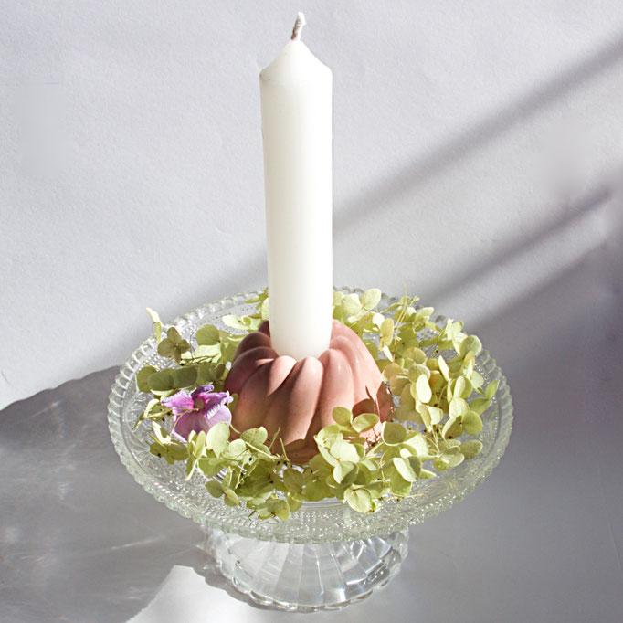 Kerzenständer selbst gemacht Gips Gugelhupf