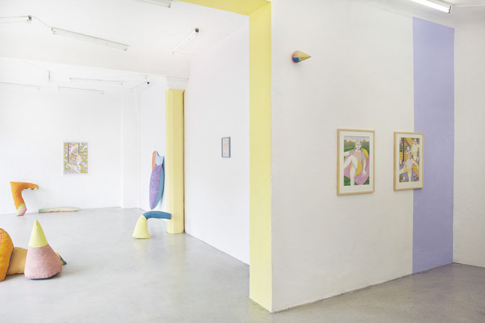 Exhibition view POLSTER, with Lucas Kaiser at Kunstraum Ortloff. 2019 FOTO: Roman Häbler