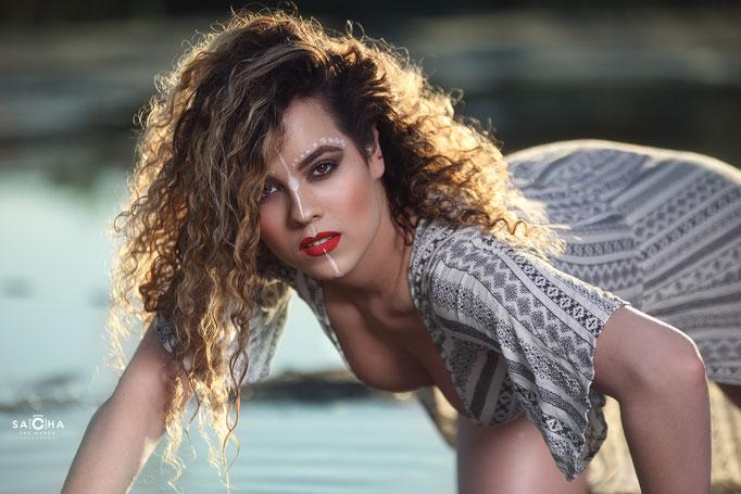 Fotograaf: Sacha van Manen- Model: Sukie Krijgsman- Make-up & hair: Jacqueline Huijssoon