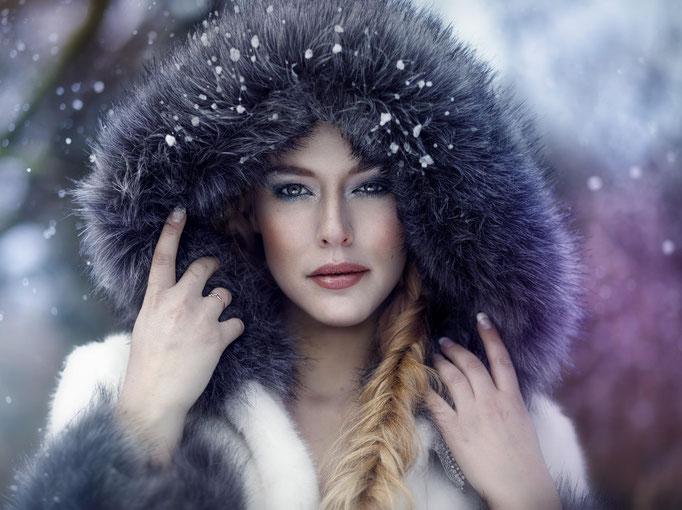 Fotograaf: Sacha van Manen- Model: Malissa de Krijger- Make-up & hair: Jacqueline Huijssoon