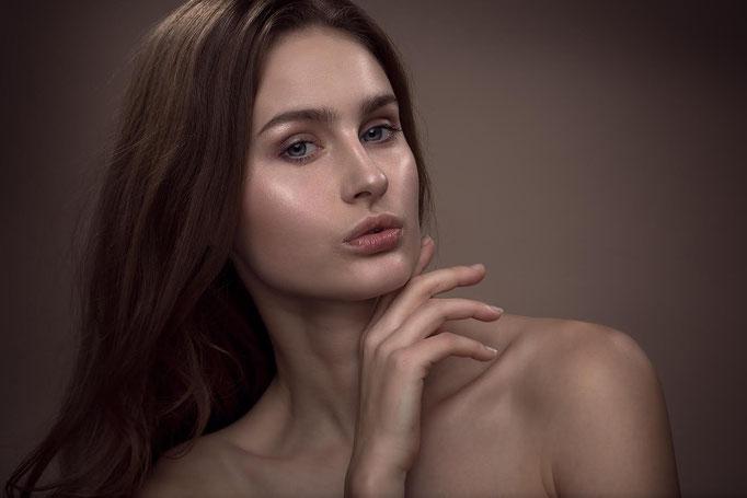 Fotograaf: Mark de Roo- Model: Evelien Kapteijn- Make-up & hair: Jacqueline Huijssoon