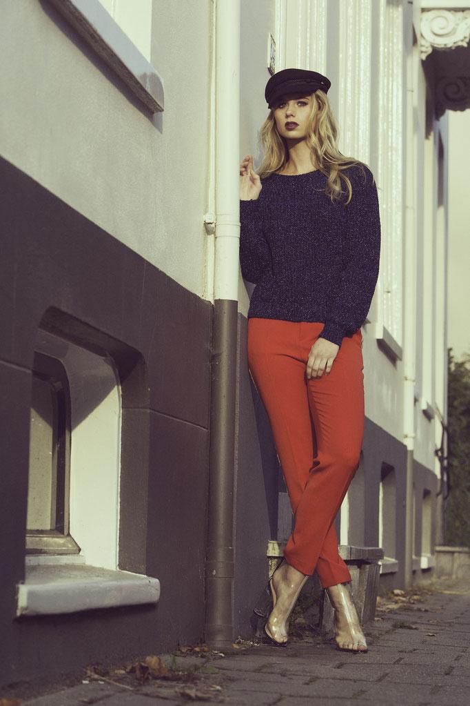 Fotograaf: Raoul le Mans- Model: Lieke Oude Huikink -Agency: Only Model Management- Make-up & hair: Jacqueline Huijssoon