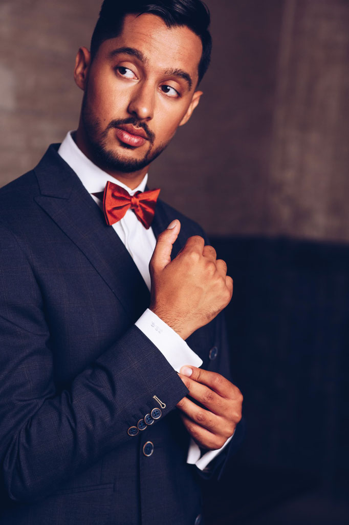 Fotograaf: Wiebrig Krakau-Model: Jatinder- Make-up & hair: Jacqueline Huijssoon- Company: Fitz Costume Suits