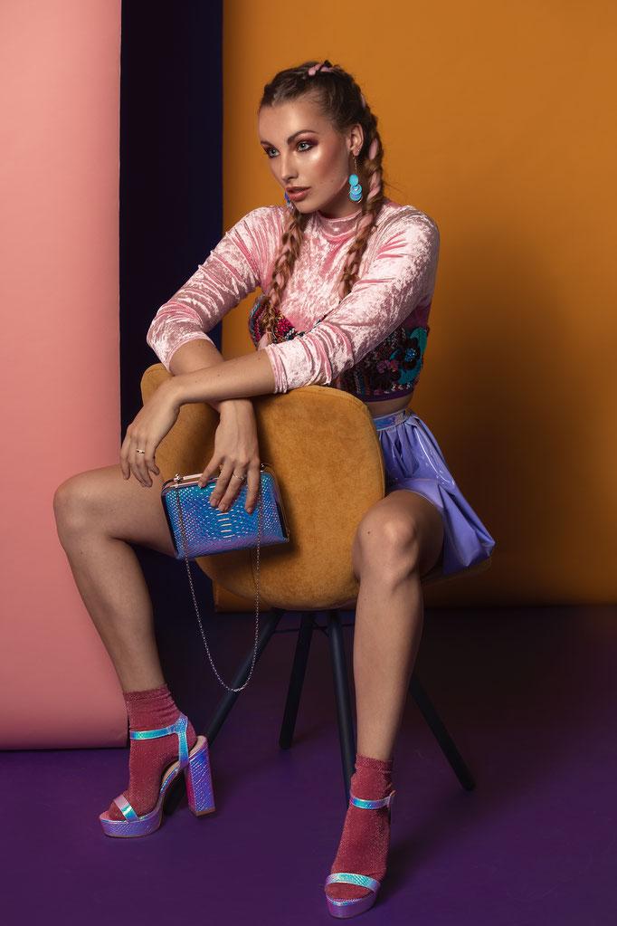 Fotograaf: Sacha van Manen- Model: Marleen-Styling: Judith Veldman- Make-up & hair: Jacqueline Huijssoon