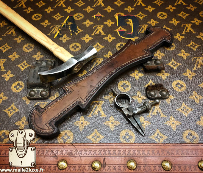Poignée cuir de malle ancienne Louis Vuitton