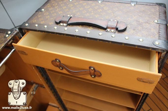 intérieur tiroir Louis Vuitton