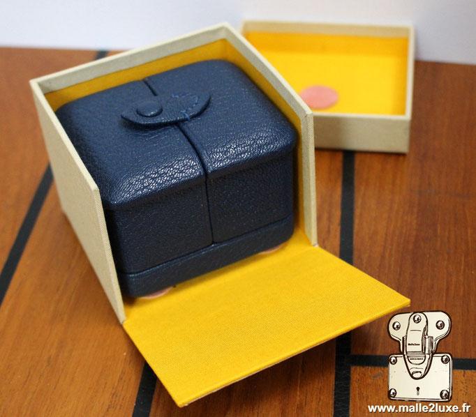 fabricant francais d'écrin a bague fente sure mesure boite carton de protection