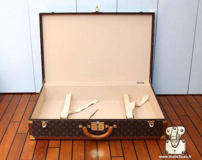 Valise bisten Louis Vuitton 80 ouverte